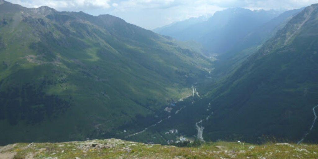 Widok na Dolinę Cheget