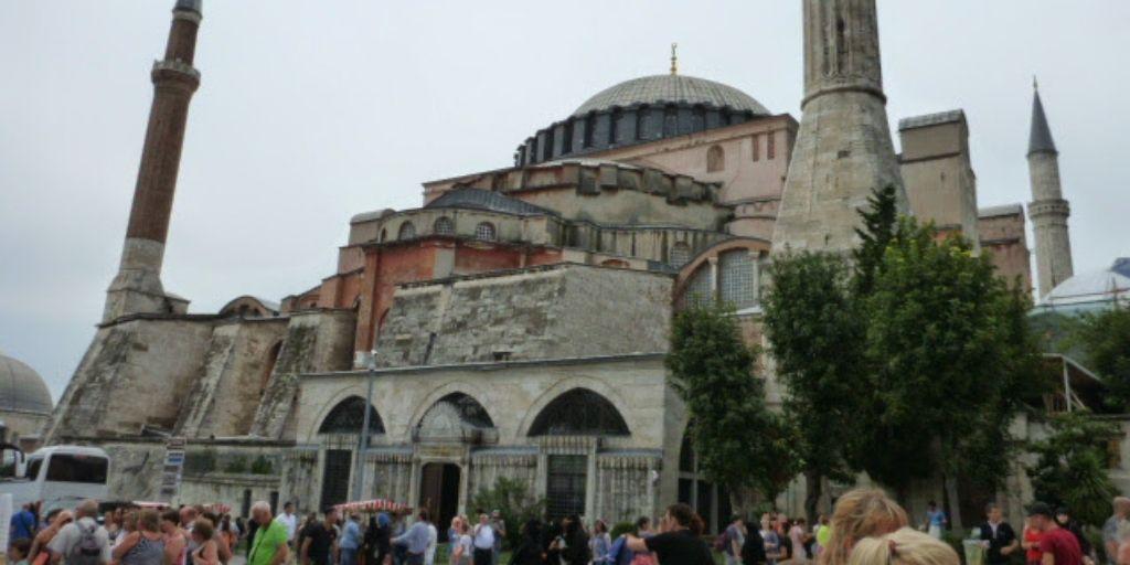 Turcja zwiedzanie - Co warto zobaczyć Hagia Sophia